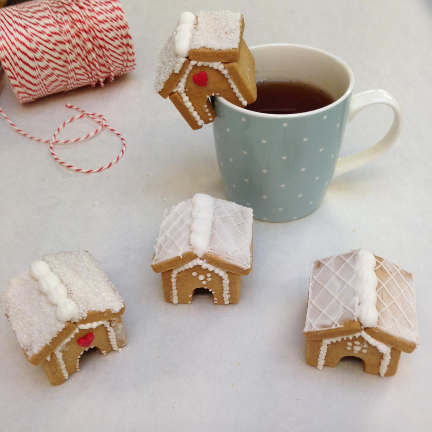 nila holden gingerbread biscuits nila holden. Black Bedroom Furniture Sets. Home Design Ideas
