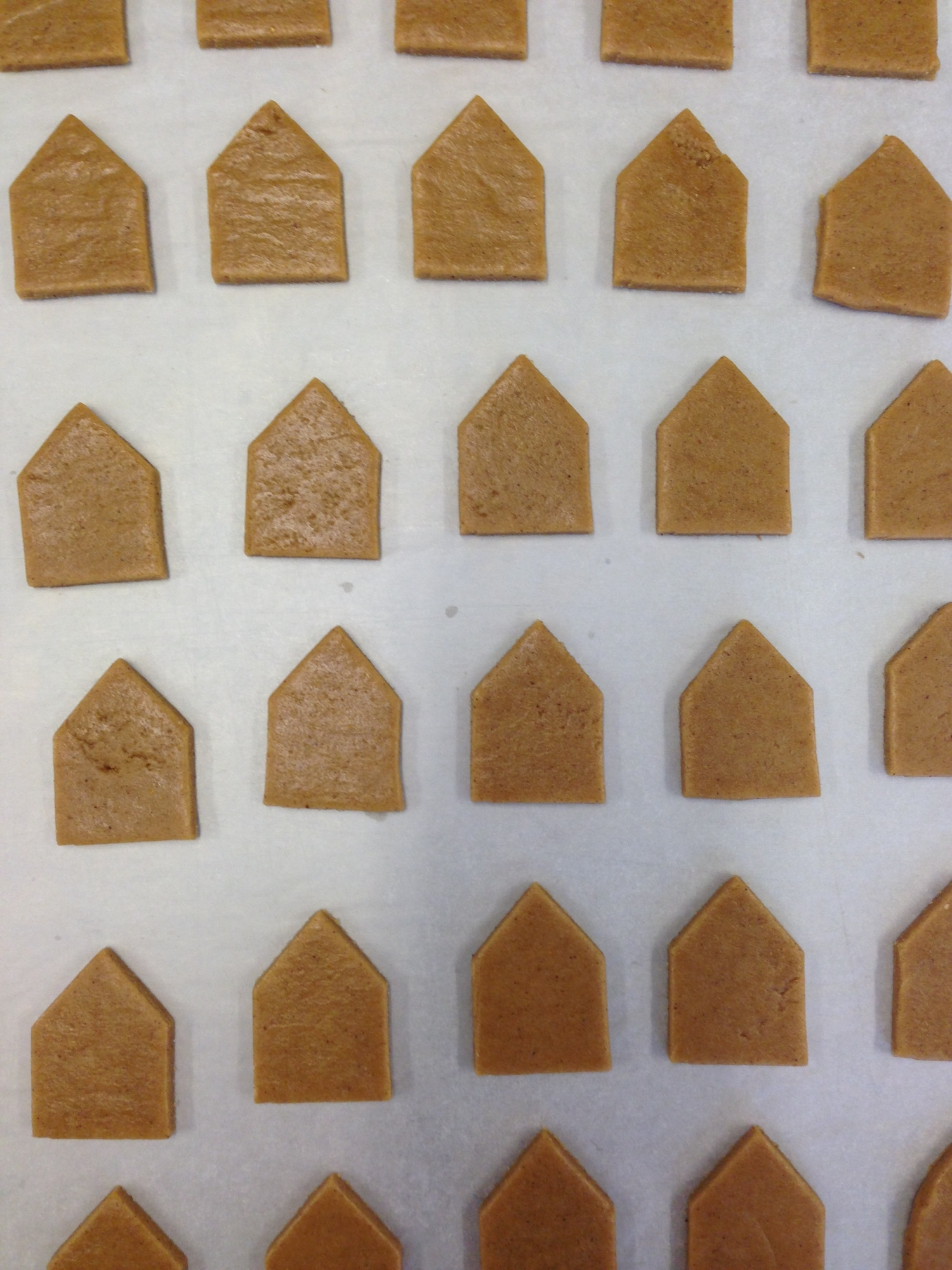 nila holden mini gingerbread houses fortnums4