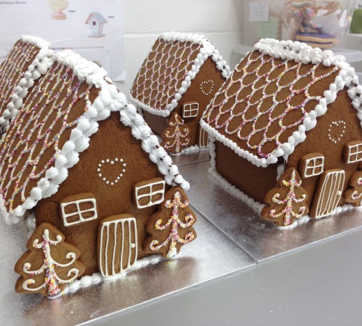 nila-holden-large-gingerbread-houses