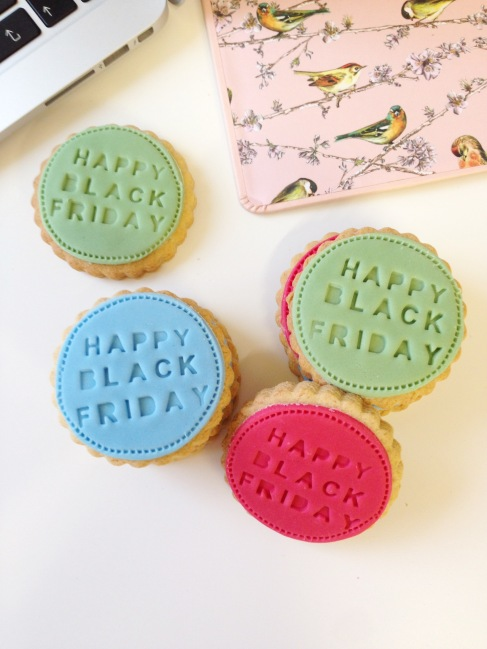 google-logo-biscuits-black-friday-nila-holden3