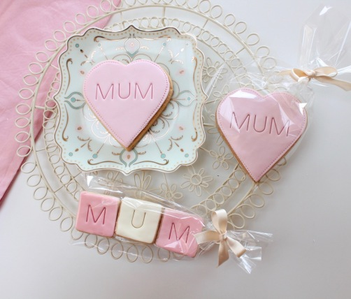 nila_holden_wholesale_mothers_day_biscuits