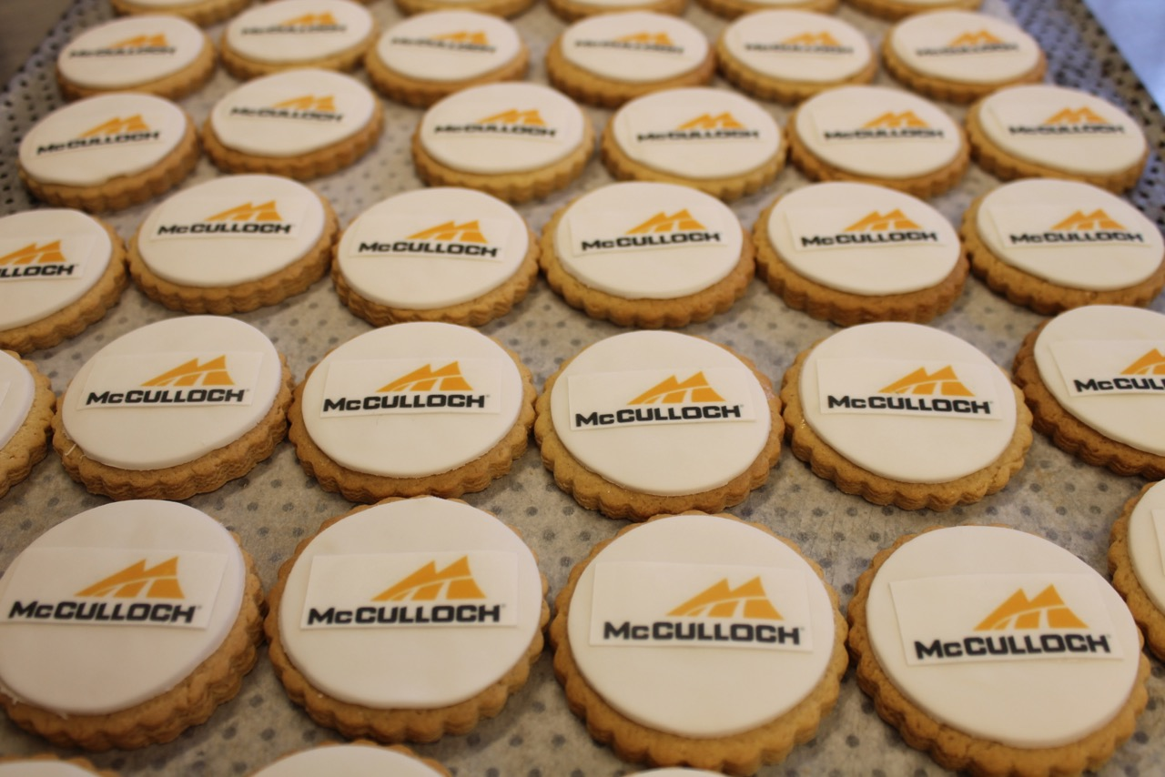 logo_biscuits_nila_holden_mcculloch