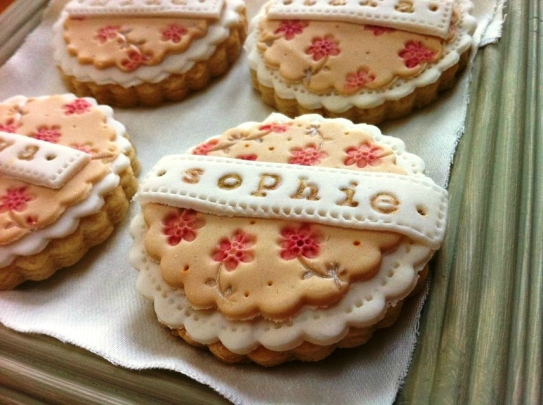 nila holden vintage floral wedding cookies