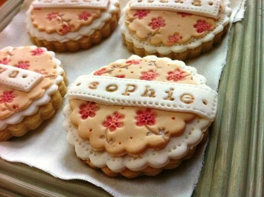 nila holden vintage floral wedding cookies