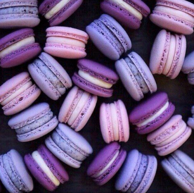 pantone colour of the year ultraviolet macarons